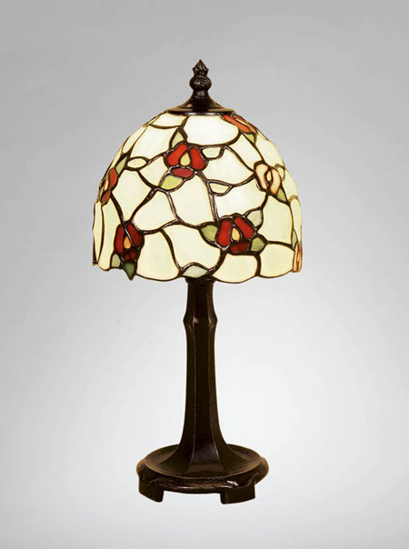 Fotogenlampa VILDROS BORDLAMPA Tiffany handgjord   B83-15